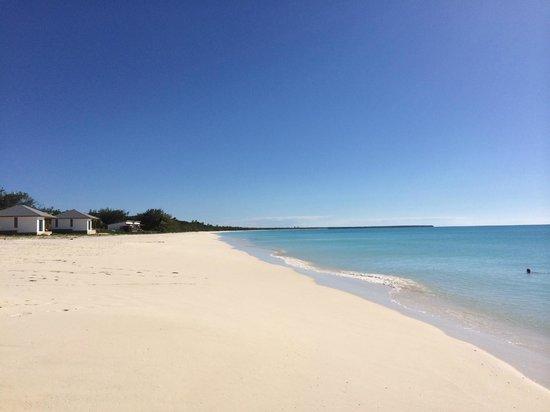 Hotel Paradis D'Ouvea: La plage et le lagon