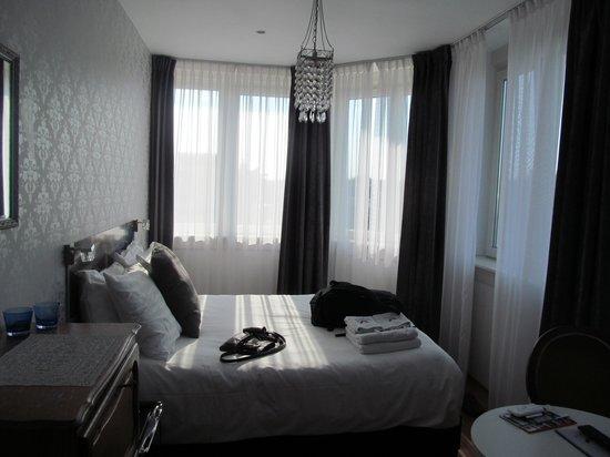 Bed & Breakfast Helmers: Vermeer Room