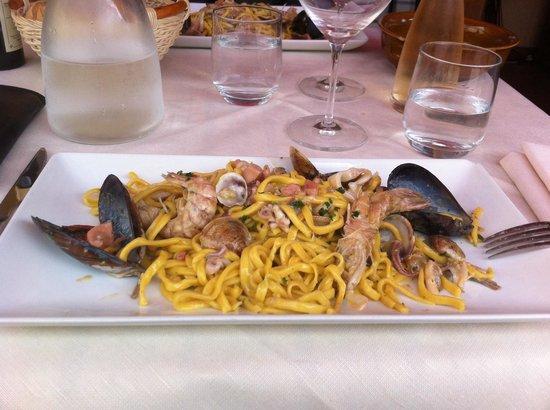 Osteria D'Al Maso: Tagliolini caserecci ai frutti di mare... Spettacolari!
