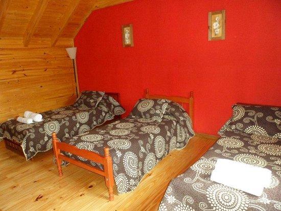 Cabañas Ela Kupal: Dormitorio planta alta