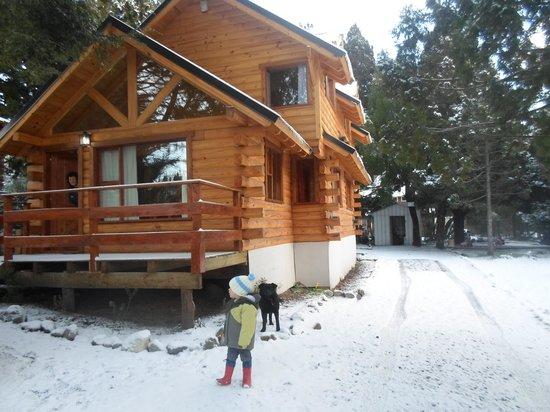 Invierno foto de cabanas ela kupal san carlos de bariloche tripadvisor - Cabana invierno ...