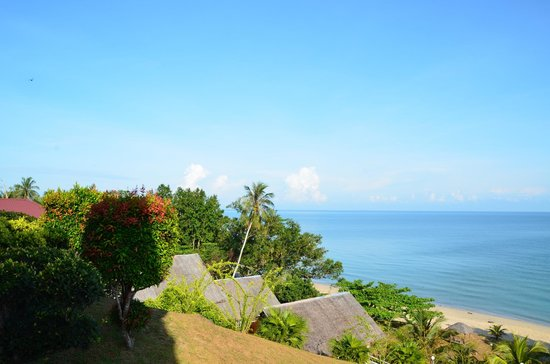 Tempurung Seaside Lodge : Beautiful View from outside room 2