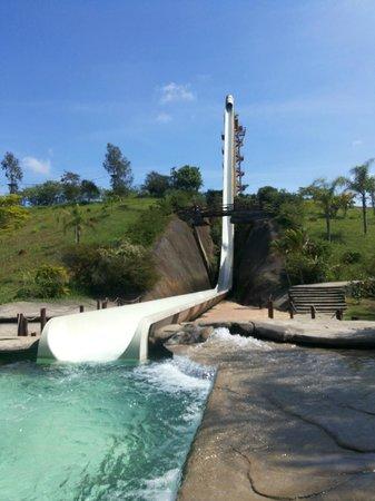 Aldeia das Aguas Park Resort: Toboágua gigante e área do Rapel, tirolesa e arvorismo