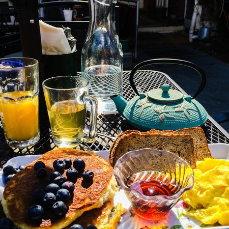 art cafe of nyack: The American Breakfast.