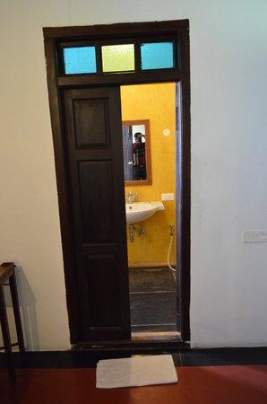Anantha Heritage Hotel: bathroom1