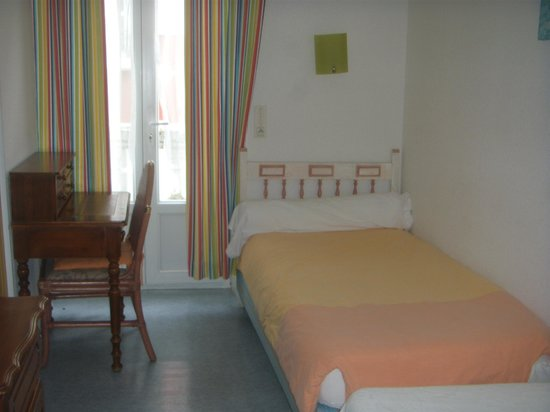 Hotel Luxembourg : chambre single confort