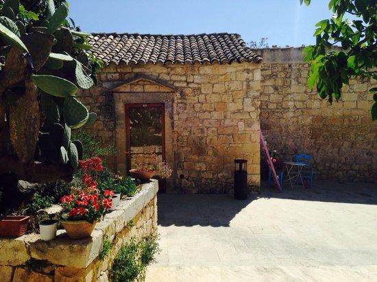 Agriturismo Borgo Alveria: Borgo