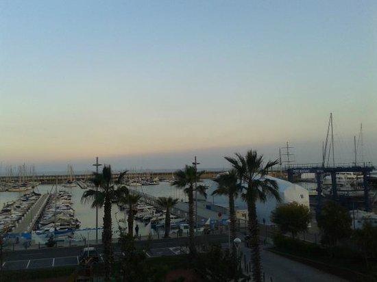 Hotel Atenea Port Barcelona Mataro: Vistas al atardecer