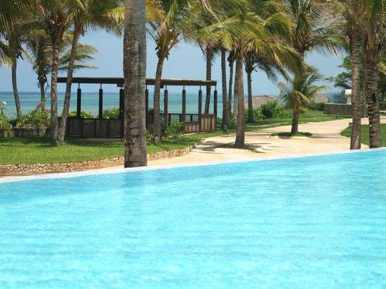 Melia Zanzibar: Poolrand