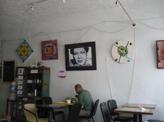 Passion Pie Cafe: Decorations