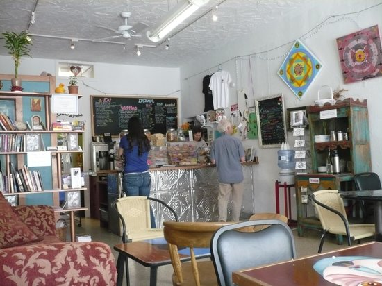 Passion Pie Cafe: Inside