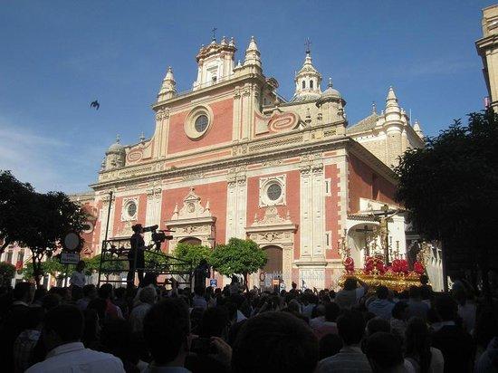 Iglesia Colegial del Salvador : belle église baroque