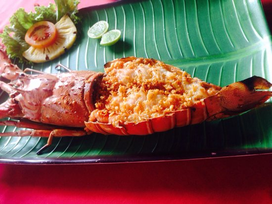 Patong Seafood: Garlic butter lobster