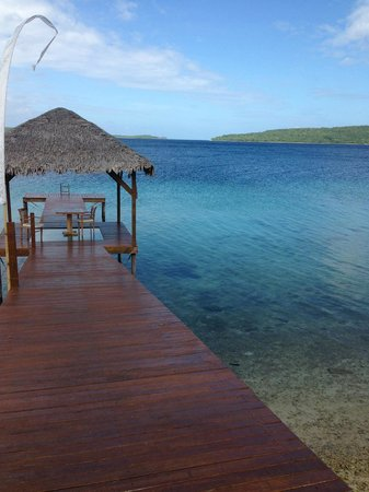 The Havannah, Vanuatu: The boardwalk. You can eat dinner down there