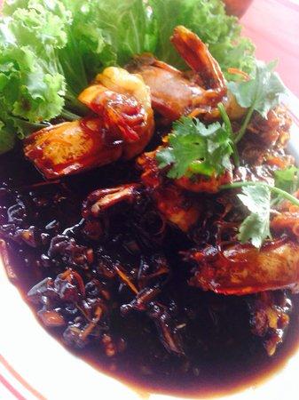 Patong Seafood: Stir fried prawns with tamarind sauce