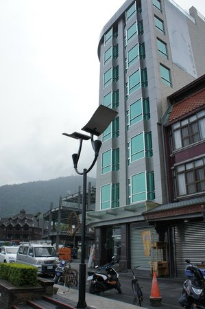 The Crystal Resort Sun Moon Lake: 酒店外觀