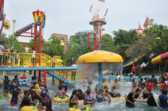 Water Pool Picture Of Wonderla Amusement Park Bengaluru
