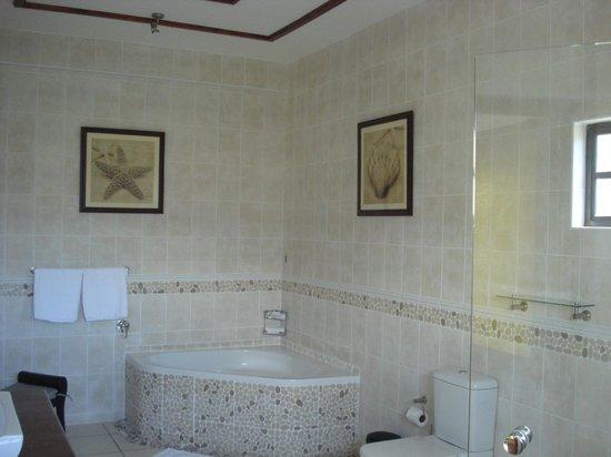 Chateau St Cloud: ein wunderbares Bad im Standardzimmer