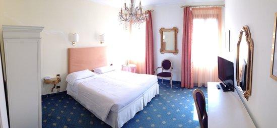 Hotel Gardena : Schlafzimmer Zimmer 25