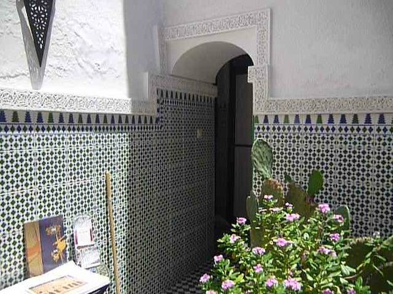 Auberge Riad Douzi: hermosa decoracion