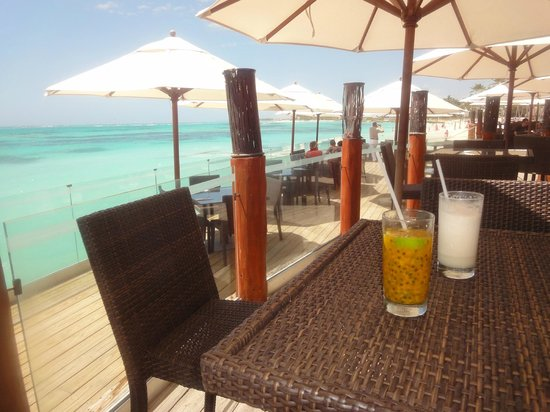 Club Med Punta Cana : Bar de la plage