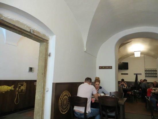 Lokal - U Bile Kuzelky: inside