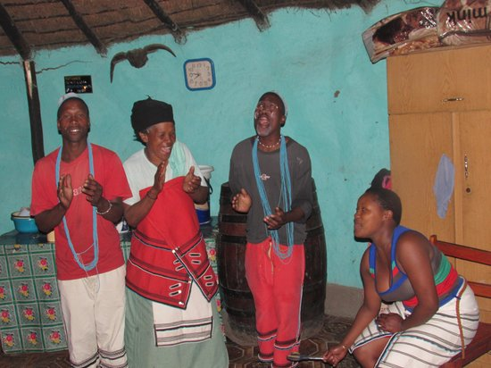 Khaya La Bantu Cultural Village: Xhosa Family Singing Traditional Songs