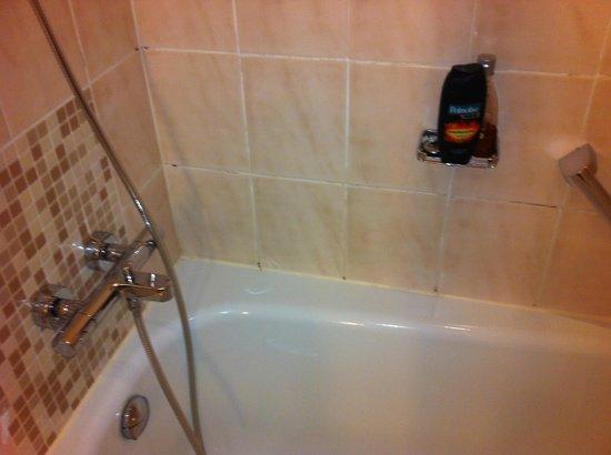 Hilton Munich City : Schimmel in der Dusche