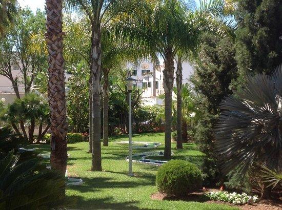 Estrella Coral de Mar Resort Wellness & Spa: Jardín