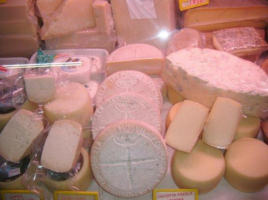 Marco e Daniela Time: formaggi tipici