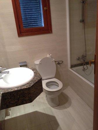Aparthotel Ses Cases d'Or: Bathroom room 145