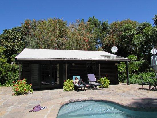 Sanddrif Guest Farm: Our Pool Cottage