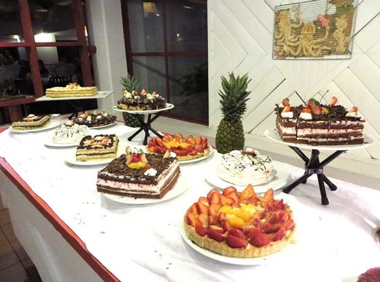 Club Med Turkoise, Turks & Caicos: Dessert table - dinner - main buffet restaurant