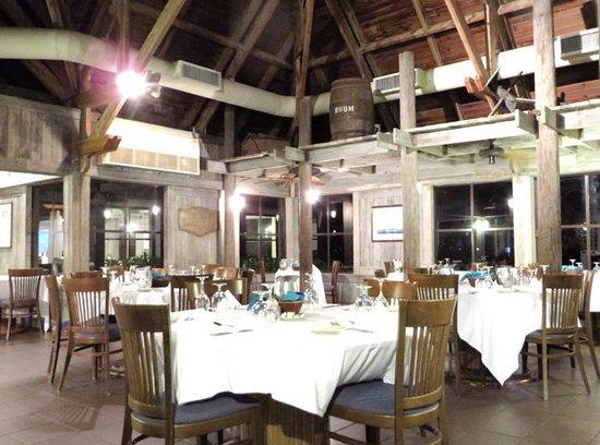 Club Med Turkoise, Turks & Caicos : Restaurant Lucayan interior