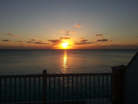 Pompano Beach Club : sunset from the room