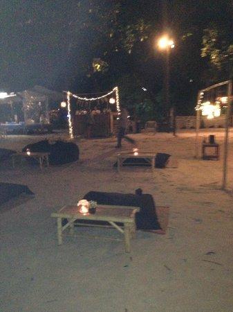 O.P. Bungalow: The night bar at O.P