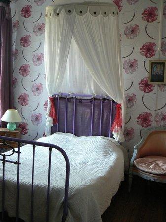 Abbaye de Villelongue : ma chambre