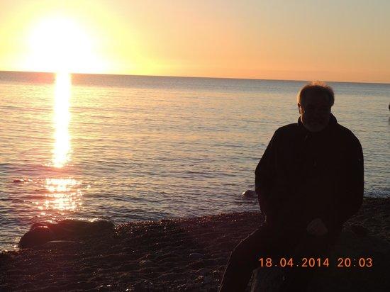 Strandhotel Dranske: Sonnenuntergang auf der Nordseite (Ostsee)