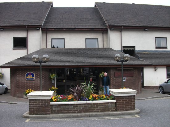 Best Western Passage House Hotel : Front View of the Hotel