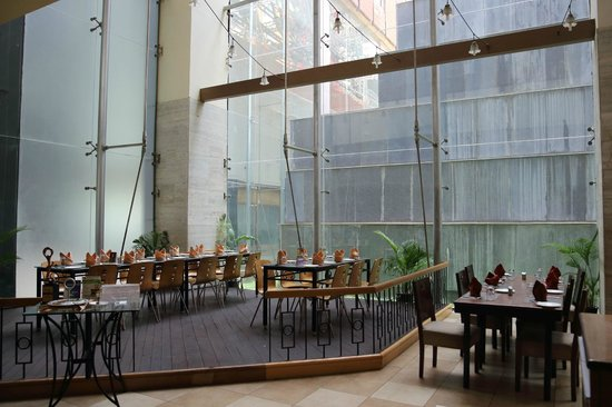 VITS Hotel Pune: Dining Area
