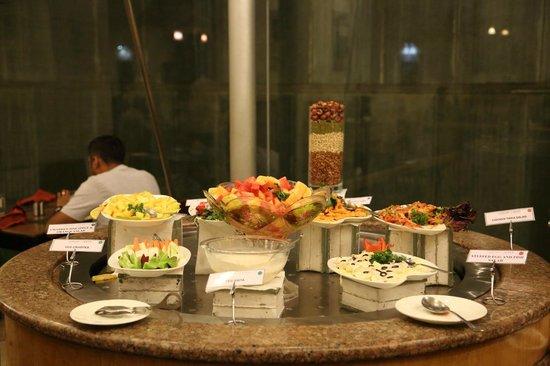 VITS Hotel Pune: Salads