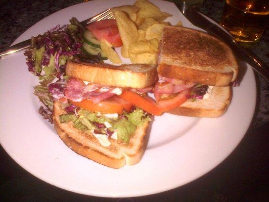 Best Western Plus Bentley Hotel & Spa: BLT Sandwich