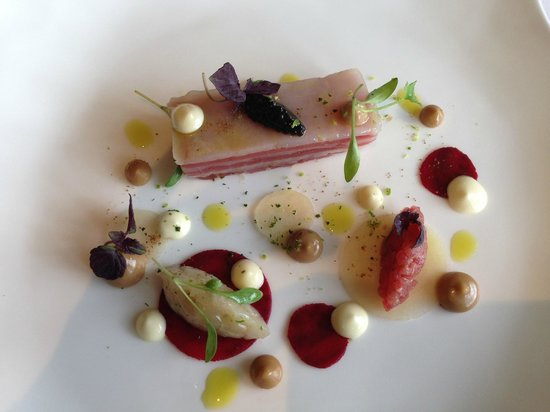 Gidleigh Park Hotel: Tuna starter, almost too pretty to eat.