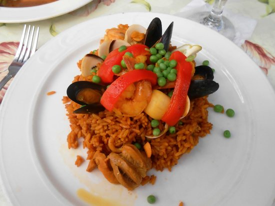 Amalia Cafe: Paella