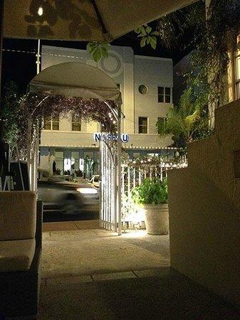 Villa Paradiso: hotel
