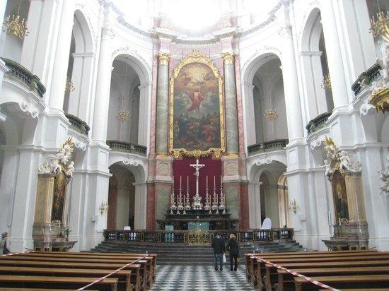Katholische Hofkirche - Dresden: Enhancing
