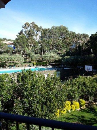 Hotel Playa Sol: Vue sur jardin et piscine.  Jgg81