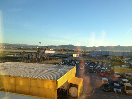 Holiday Inn Express Malaga Airport: View from our room! Convenient but that's about it