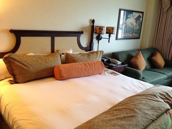 Loews Royal Pacific Resort at Universal Orlando : My room.