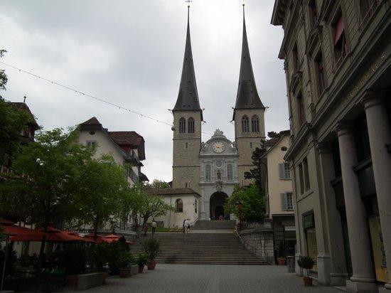 Hofkirche : Chiesa